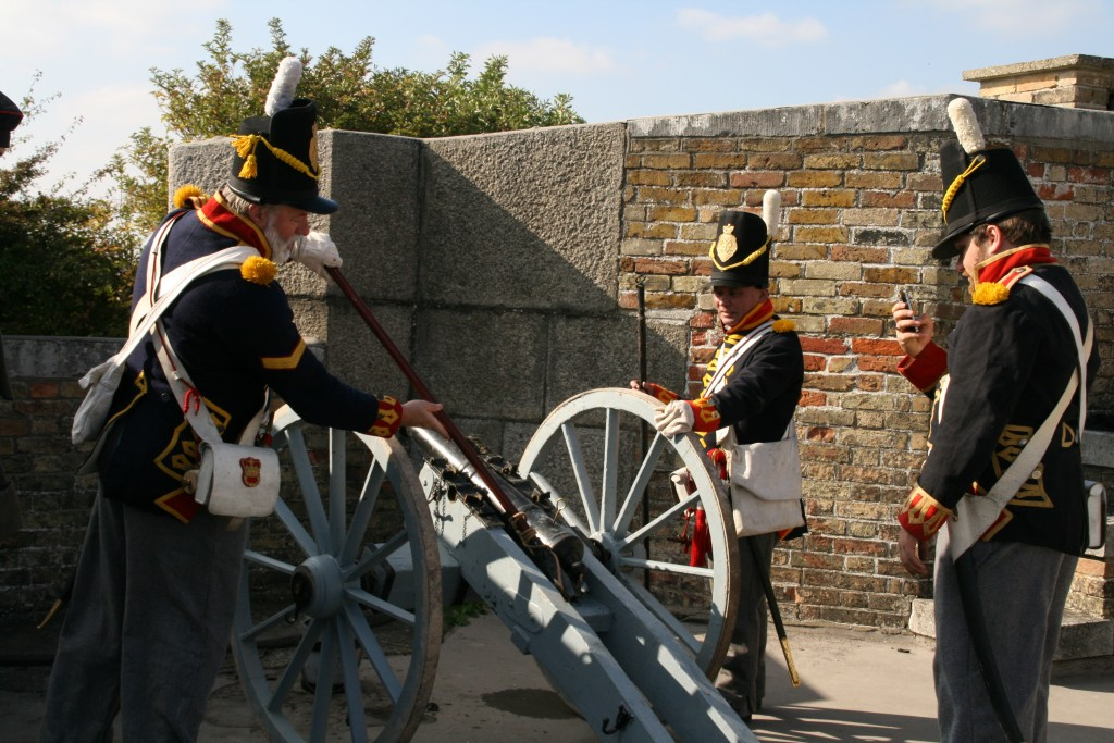 The Redoubt - cannon firing by Kings German Artillery