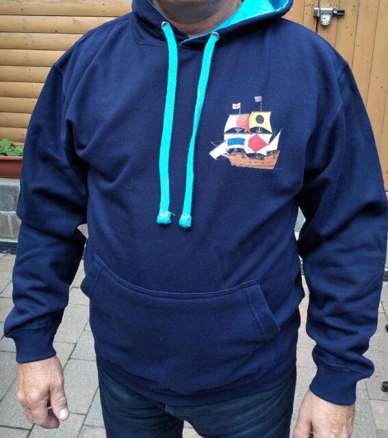 Hooded Sweatshirt in Dark Blue with logo